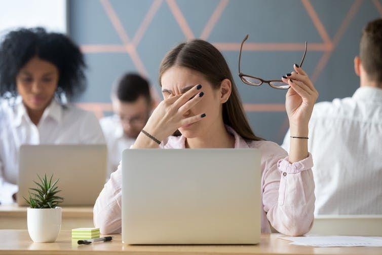Teach you a few ways to relieve eye fatigue